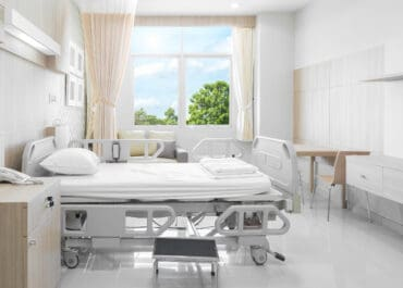 IMPACT OF DAYLIGHT ON HOSPITAL  RECOVERY
